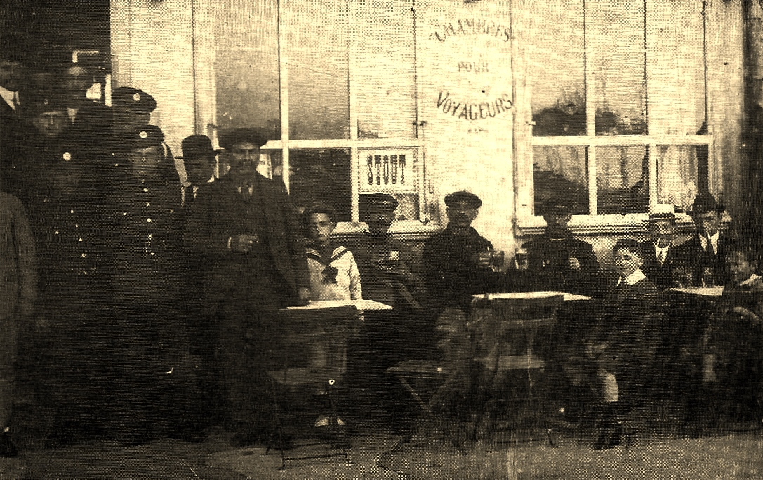 Calais cafe des pilotes bld des allies