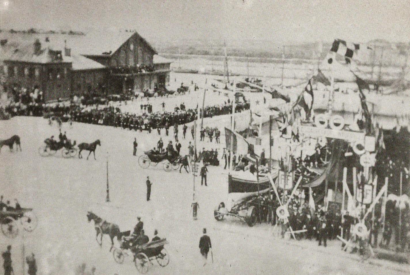 Calais courgain inauguration du monument gavet le 10 septembre 1899