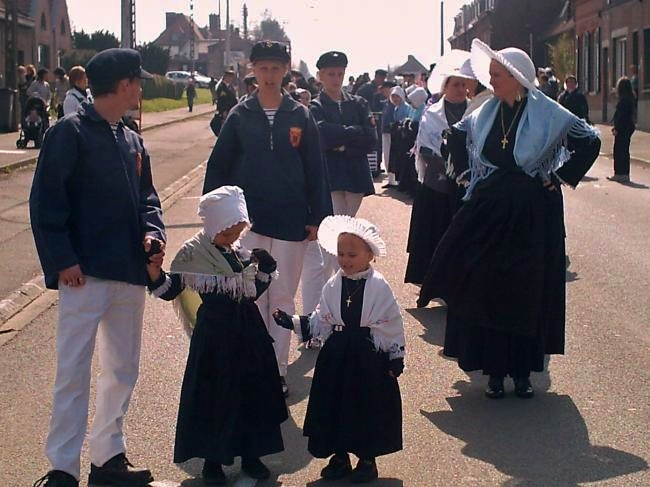 Calais dames de la halle 2