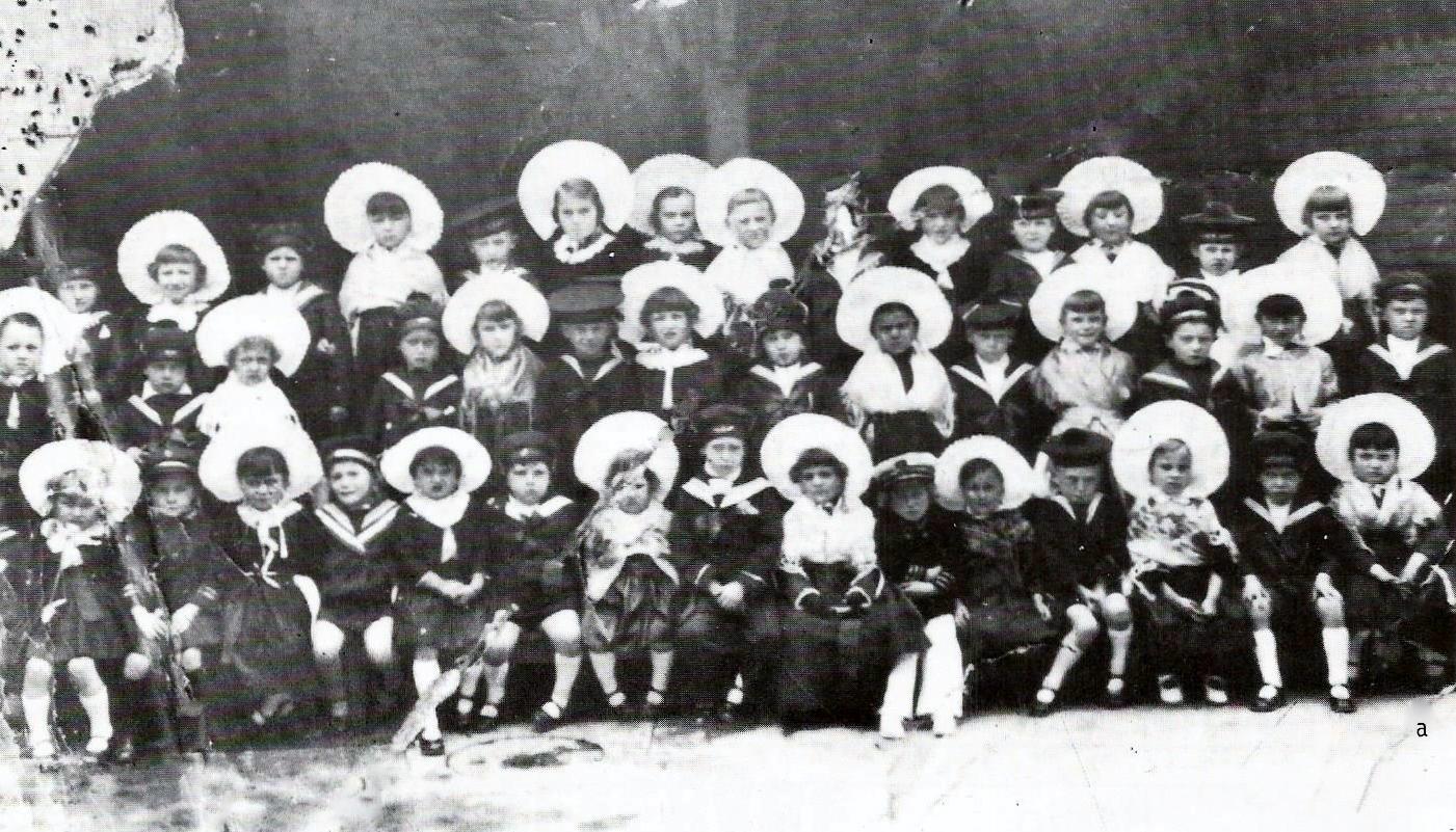 Calais enfants fete enfantine 1932 2