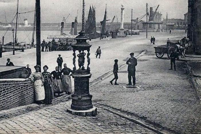 Calais fontaine wallace quartier du courgain calais