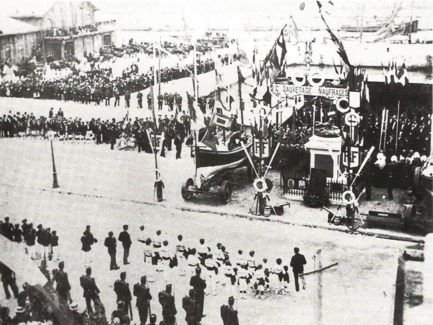 Calais inauguration du monument des sauveteurs 11 sept 1899