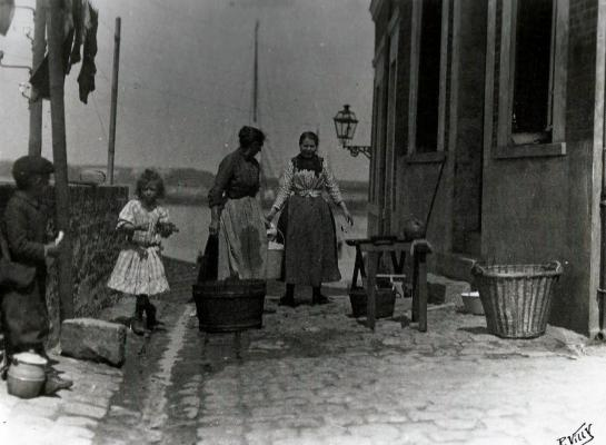 Calais les lavandieres au courgain