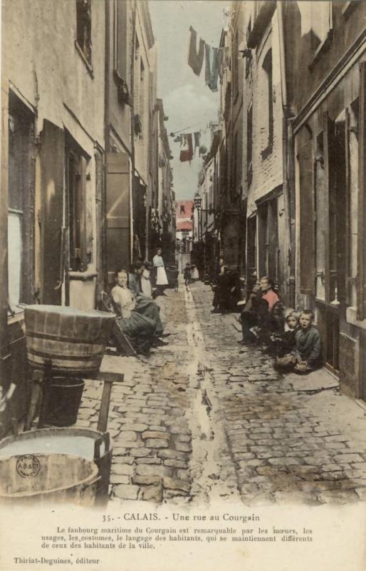 Calais rue du courgain baquet a linge