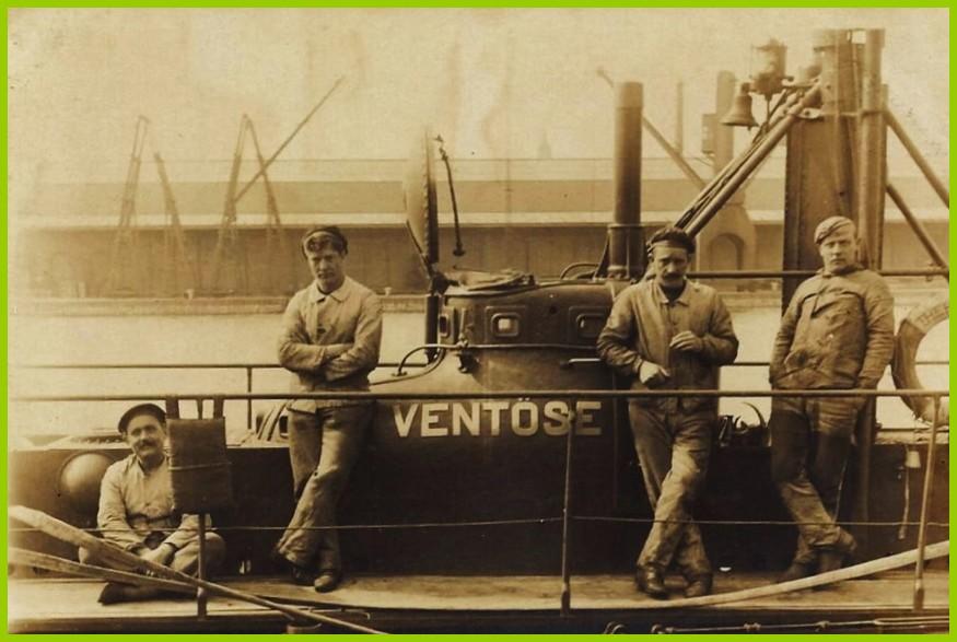 Calais sous marin le ventose et son equipage encadre