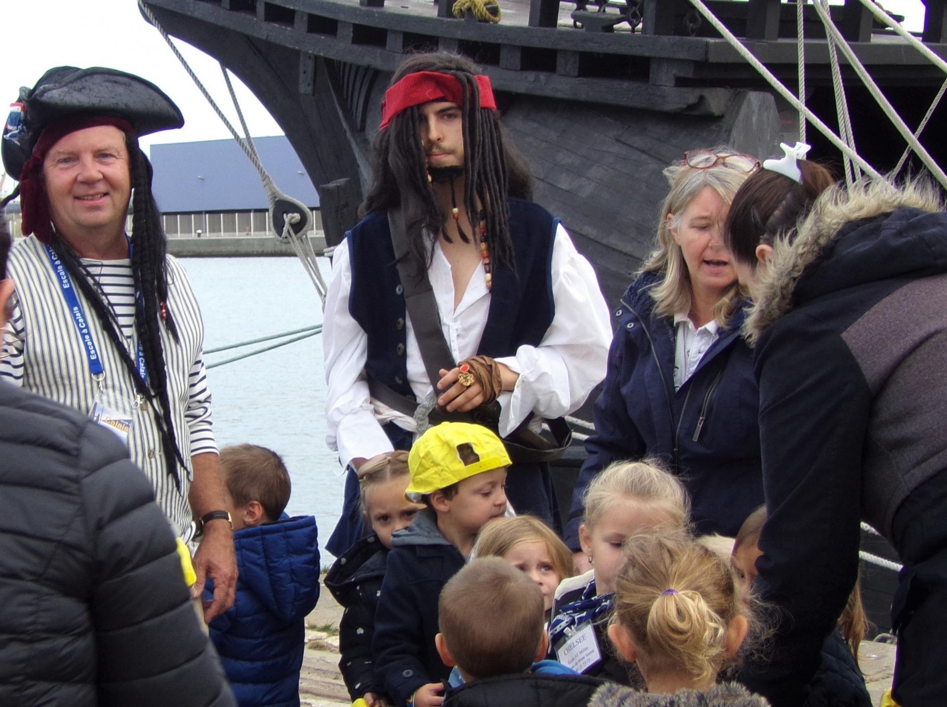 Escale à calais fetes maritimes les pirates