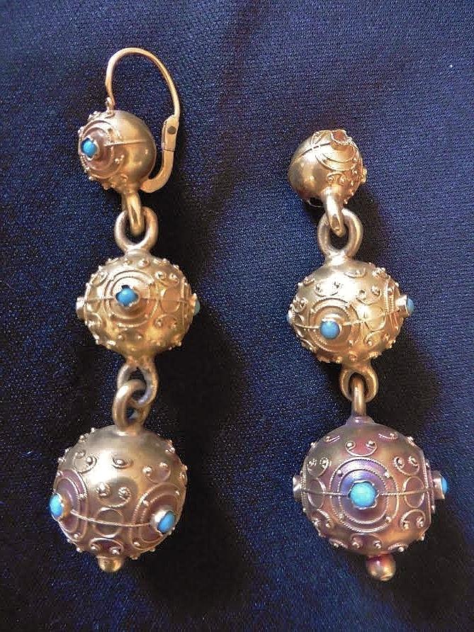 Pendants d oreilles a trois boules de matelotes or et turquoises